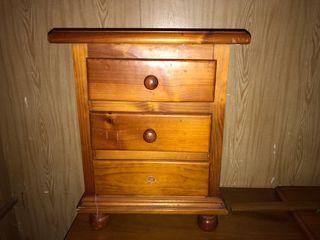 Mueble Mesita de noche de madera