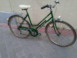 Bicicleta de paseo BH G.A.G.