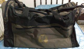 Bolsa de mano -petate del ejército.