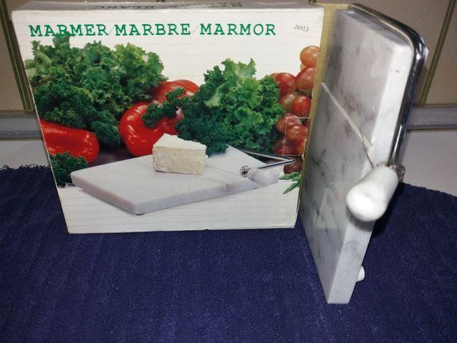 TABLA MARMOL CORTA QUESO