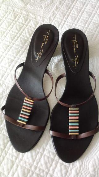 ecc2406138d Zapatos de tacón niña de segunda mano en la provincia de Málaga en ...