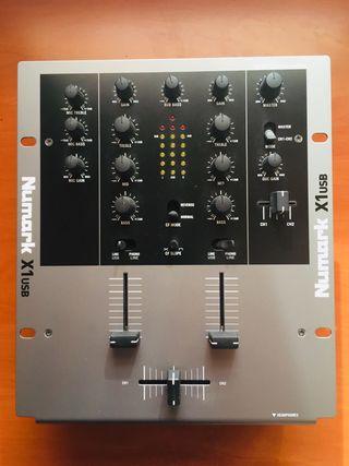 Mesa de mezclas Numark X1 usb