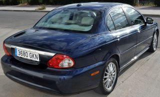 Jaguar X-Type automatico