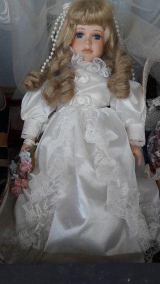 Muñeca porcelana comunion