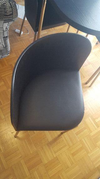 Mesa más 4 sillas