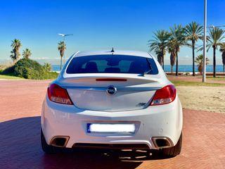 Opel Insignia OPC 2013