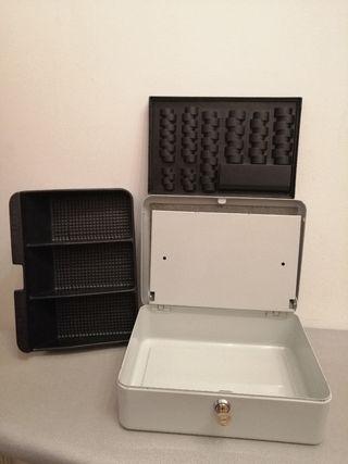 Caja de caudales portátil