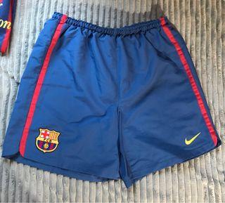 Pantalon del Barça, L