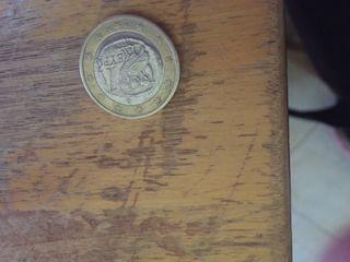 Se vende moneda de 1 er del búho del 2002