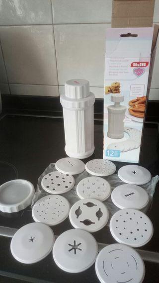 Máquina de pastas y churros