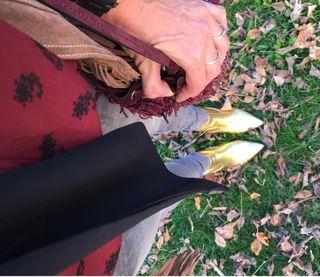 Botines dorados Zara