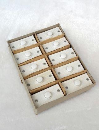 3 cajas de pulsadores para timbre