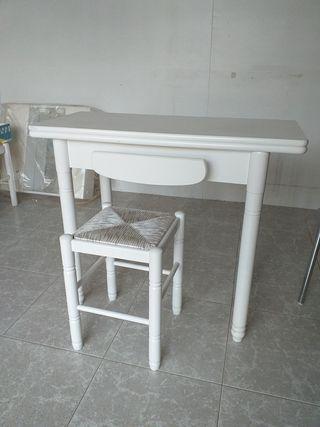 Mesa cocina abatible, en blanco de 90 x 45.