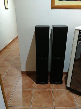 altavoces de suelo plok audio