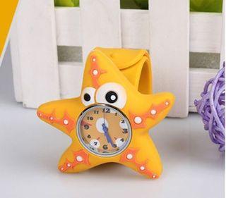Reloj de silicona de estrella unisex