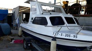 barco + remolque con uno o dos motores