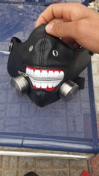 mascara de ken kaneki