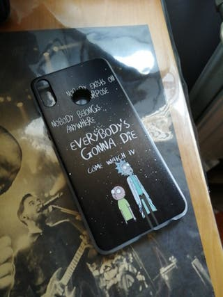 Funda honor 8x Rick y morty