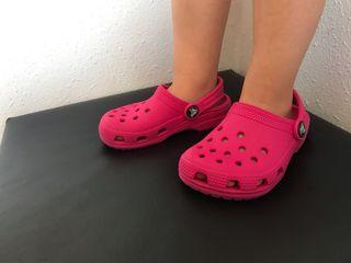 Zuecos Crocs niña