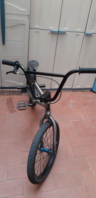 Bicicleta ORBEA RUDE BMX