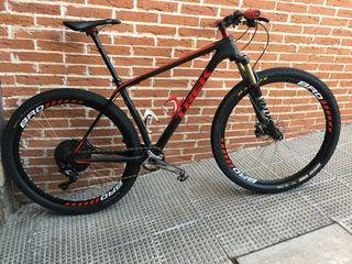 Bicicleta TREK SF talla 19.5 Carbono