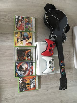 Xbox 360 + 2 Mandos + 6 Juegos + Guitarra