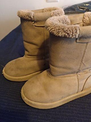 botas pelito talla 24 zara