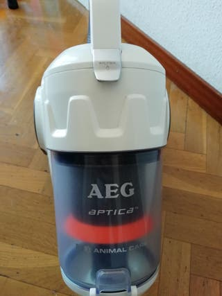 Aspiradora AEG Aptica Animal Care