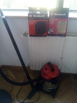 Aspiradora Einhell + bolsas repuesto+filtros