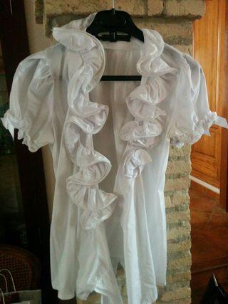 Blusas rocieras blancas