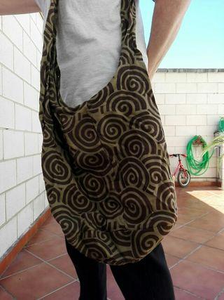 bolso de tela con cremallera