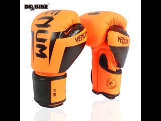 Guantes nuevo marca Venum