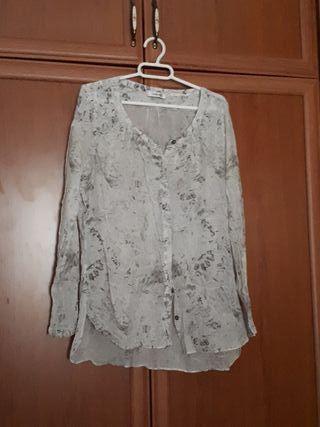 Camisa de vestir.
