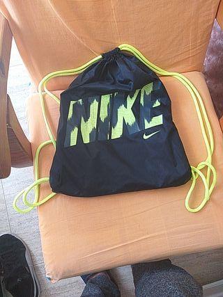 mochila de nike