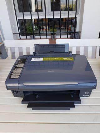 Impresora escaner multifunción Epson Stylus DX7400