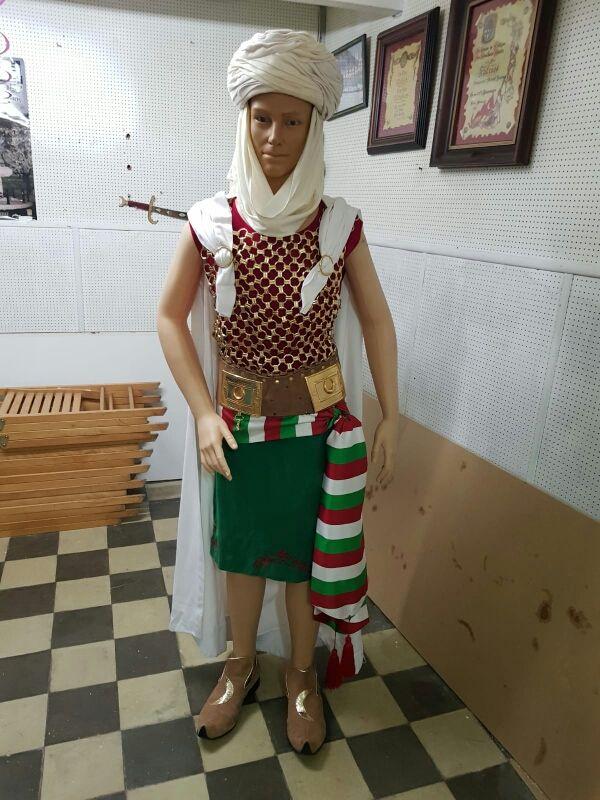 traje de moros y cristianos