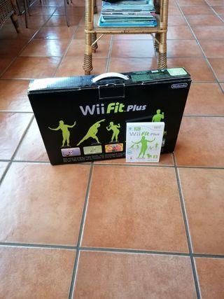 Wii Fit Plus + videojuego
