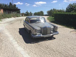 Mercedes-Benz 220 S Año 1960