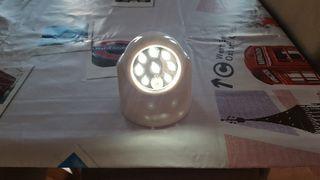 Lámpara inalámbrica con detector de movimiento