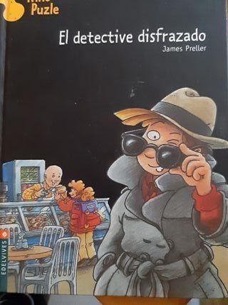 El detective disfrazado.