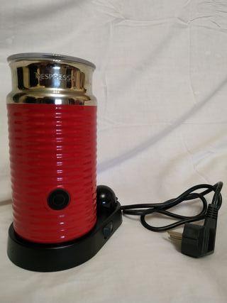 Maquina Nespresso areoccino