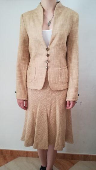 traje de chaqueta mujer clásico