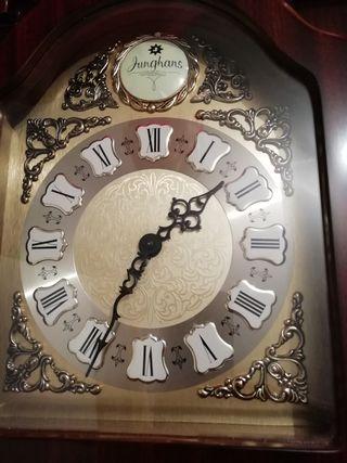 Reloj carrillon Junghans