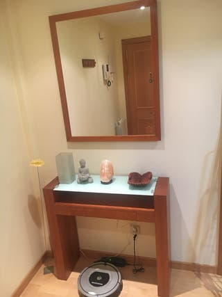 Mueble aparador- entrada y espejo