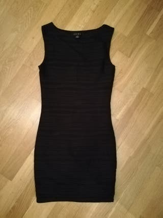 vestido negro ajustado Talla S