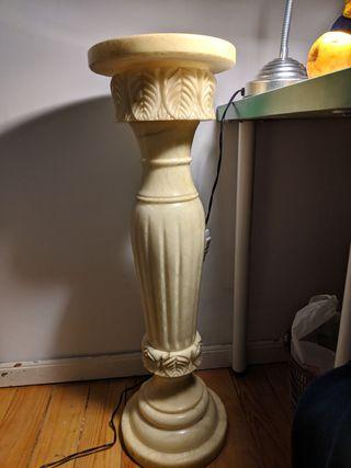Pedestal de piedra