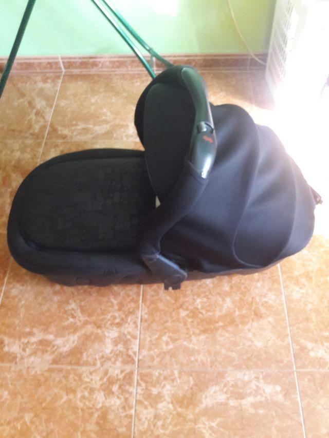 CARRO B 3 PIEZAS JANE ( CAPAZO, MAXICOSI Y SILLA)