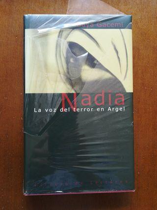 Nadia La voz del terror en Argel de Baya Gacemi