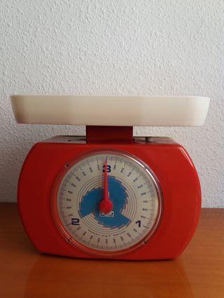 Peso antiguo de cocina