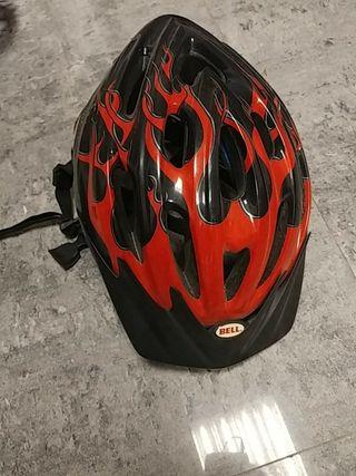 Casco bicicleta / patines Bell.